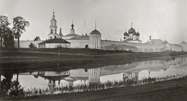 """В период ограничений музеев можно посетить выставку """"Калязин. Фрески затопленного монастыря"""""""